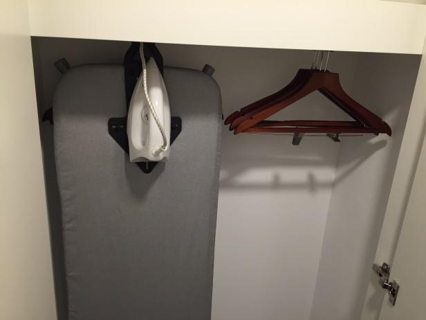 Holiday Inn Wardrobe