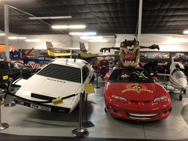 Bond Lotus Esprit S1 and Looney Tunes Race Car
