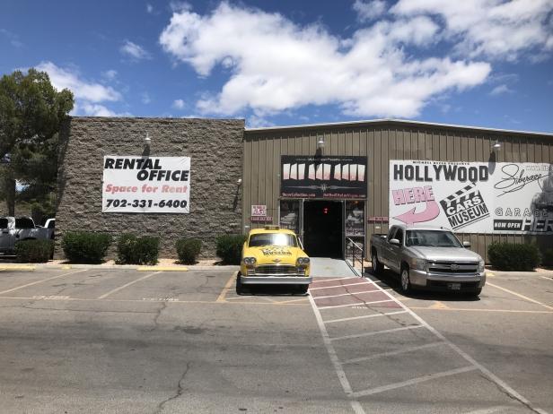 Hollywood Car Museum - Entrance